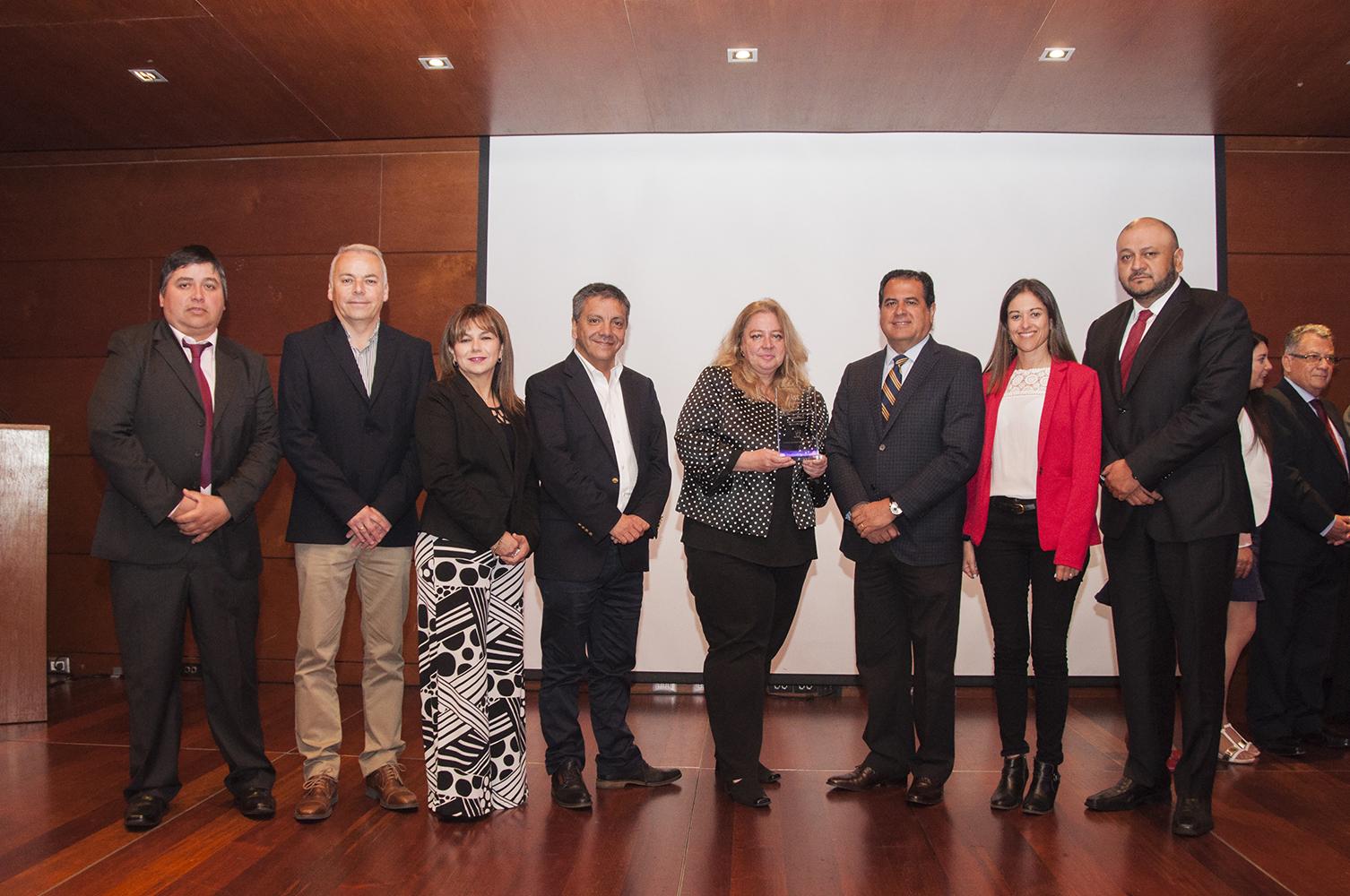 """Puerto Ventanas recibe reconocimiento """"Trayectoria ejecutiva en el cuidado de la Vida 2018"""" entregado por el IST"""