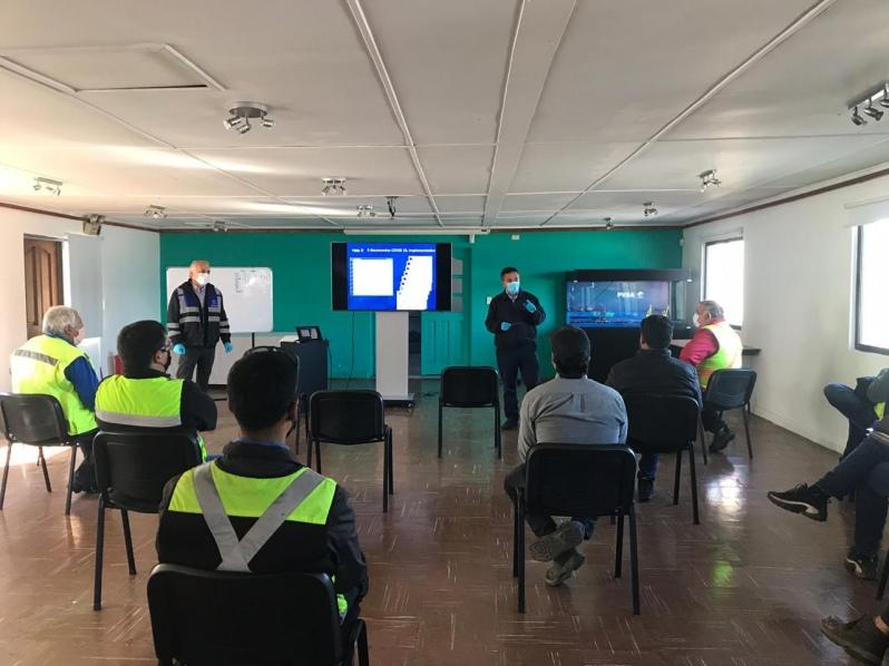 Puerto Ventanas se reúne con empresas contratistas para reforzar prevención y protocolos en el marco del coronavirus