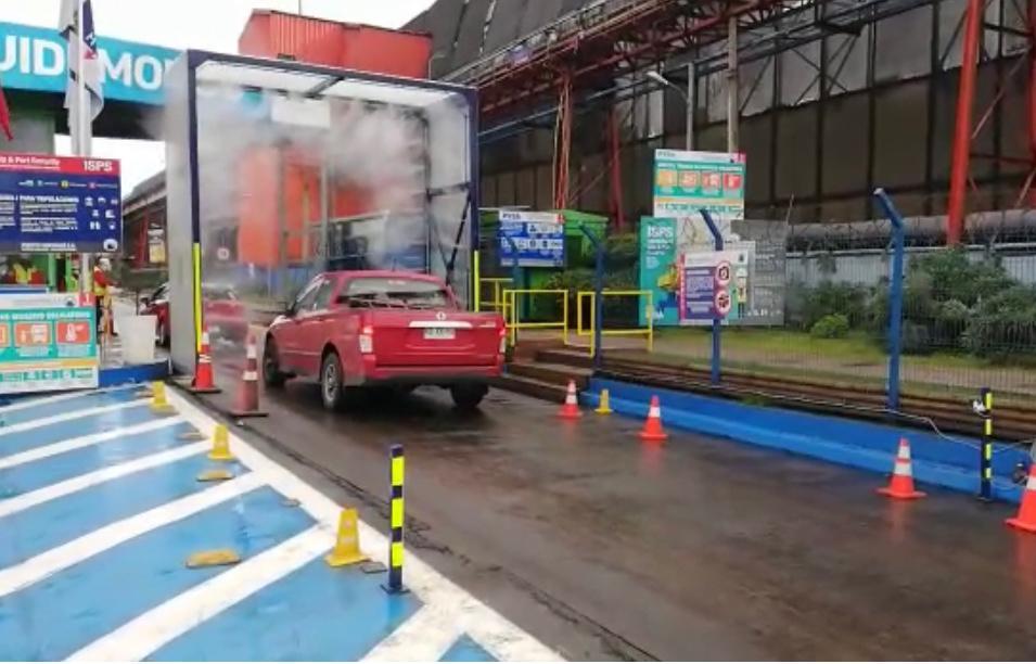 Puerto Ventanas migra a moderno pórtico automático de sanitización de vehículos