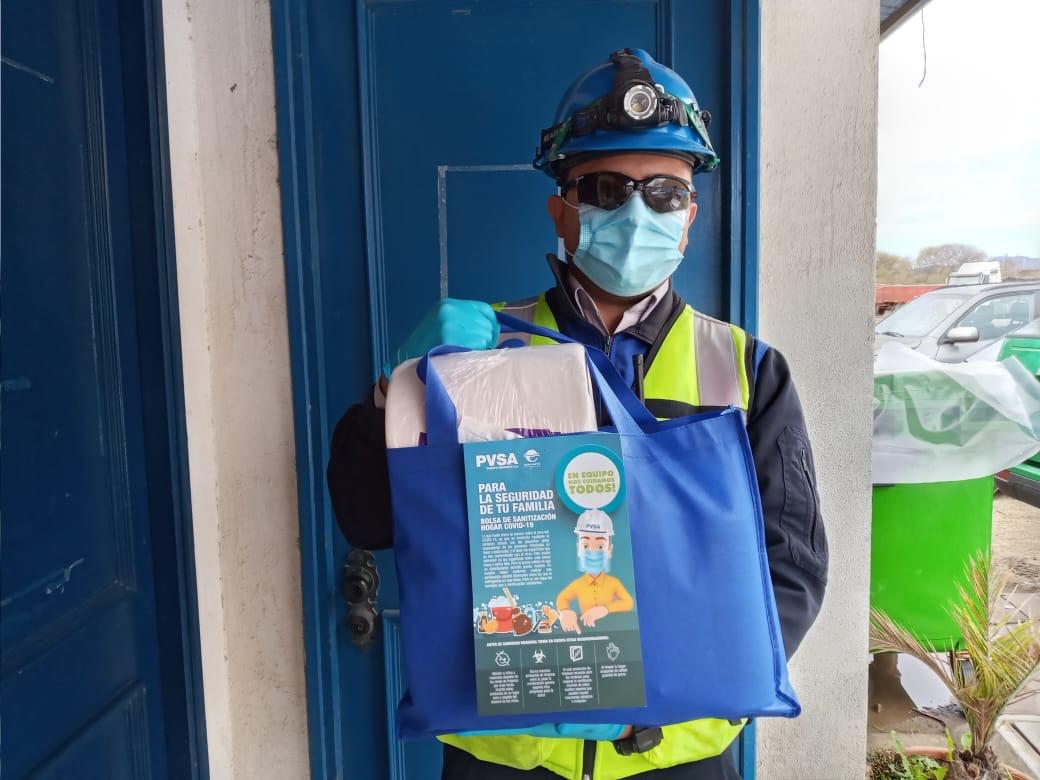 Puerto Ventanas entrega packs de desinfección a familias de sus trabajadores y de empresa de muellaje Agmac